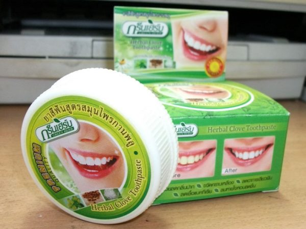 kruiden tandpasta met kokosolie
